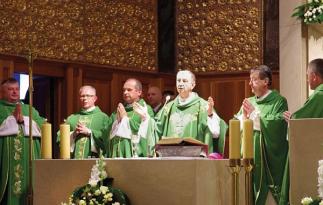 Mszę koncelebrował biskup polowy Wojska Polskiego gen. bryg. Józef Guzdek