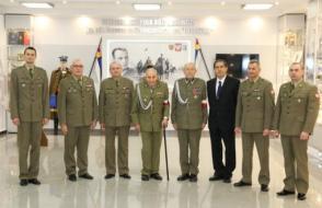 Zdjęcie grupowe uczestników spotkania wigilijnego